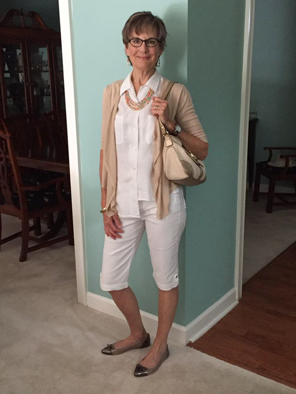 Neutral looks for women over 40 | 40plusstyle.com