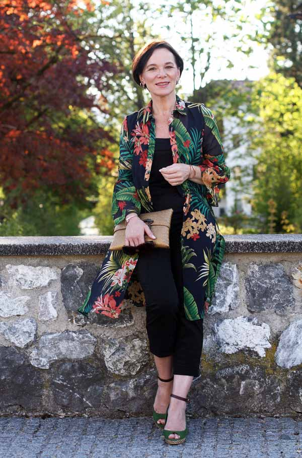 Take inspiration from stylish women | 40plusstyle.com