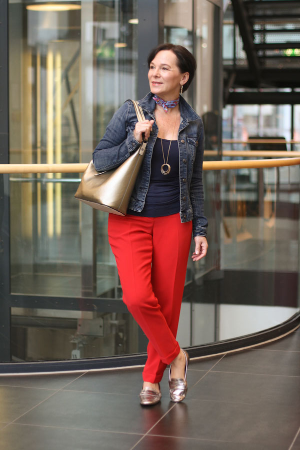 Stylish look featuring red pants | 40plusstyle.com