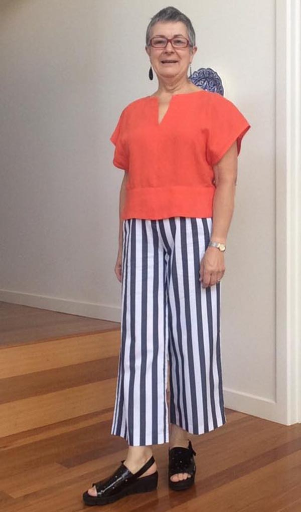 Outfit ideas on how to look taller with stripes   40plusstyle.com