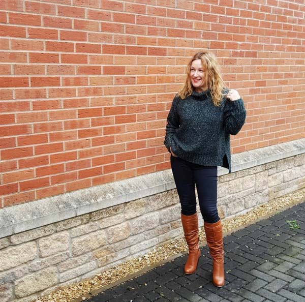 Thick sweater outfits for Fall | 40plusstyle.com