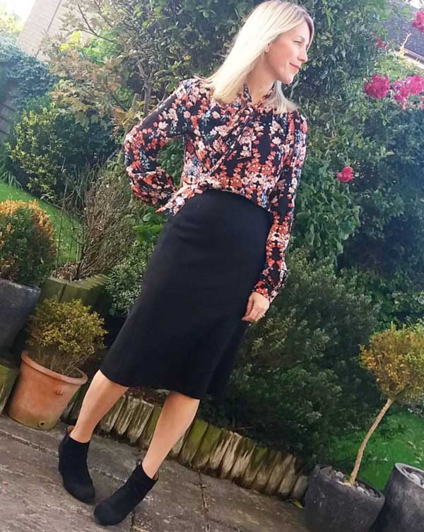 Floral tops for Fall | 40plusstyle.com