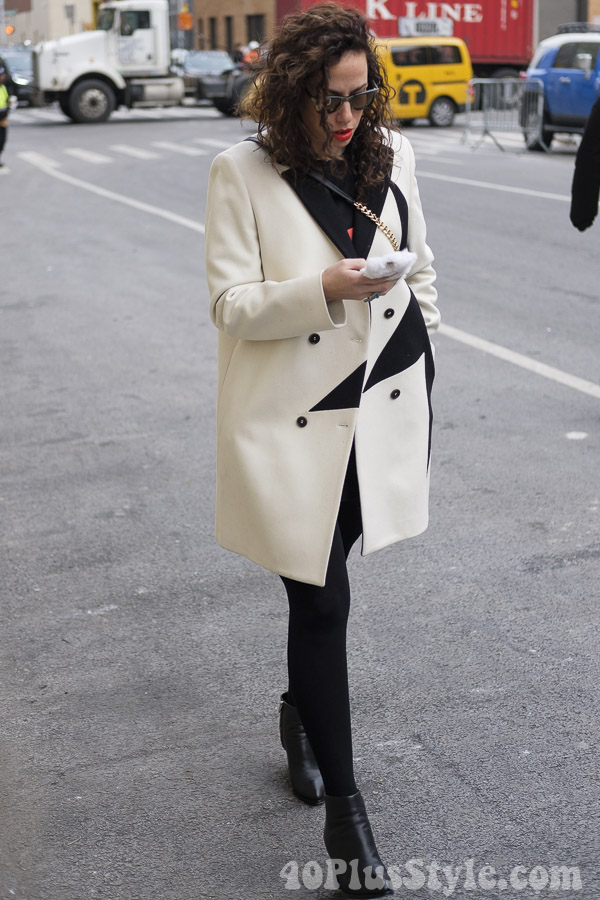 Modern and edgy black and white coat | 40plusstyle.com