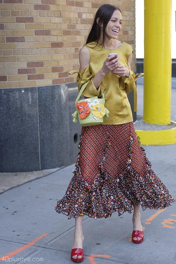 daisy print skirt   40plusstyle.com