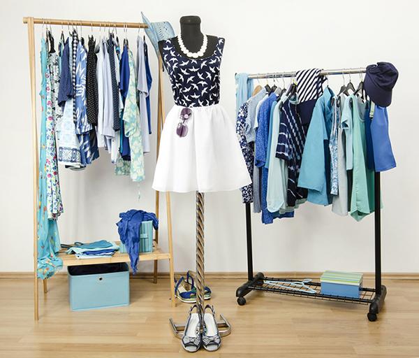 Clothes storage ideas - re-arranging your closet | 40plusstyle.com