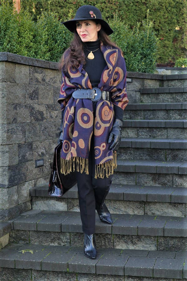 Belted wrap outfit   40plusstyle.com