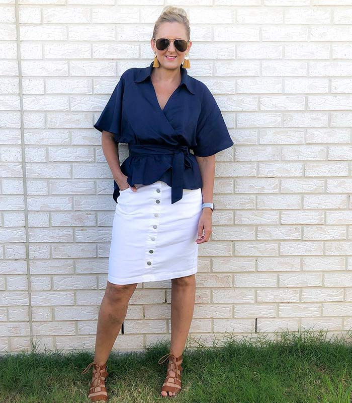 How to wear navy and white this summer