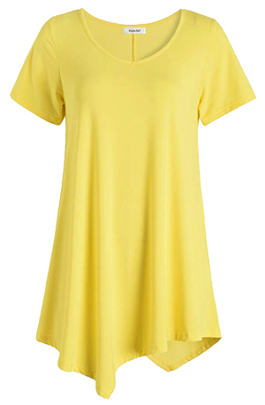 The perfect yellow top for women over 40 | 40plusstyle.com