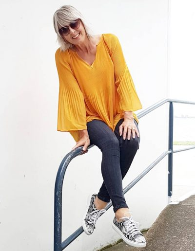 How to wear yellow | 40plusstyle.com