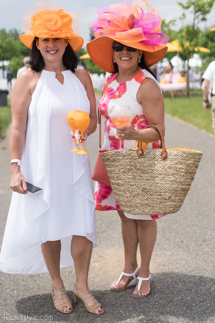 Happy summer style at the Veuve Clicquotpolo classic 2018 | 40plusstyle.com