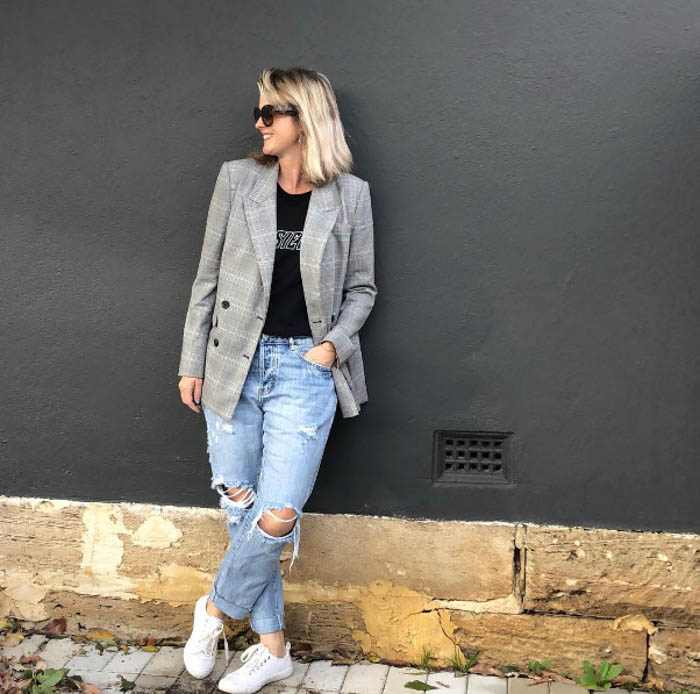ways to wear checkered | 40plusstyle.com