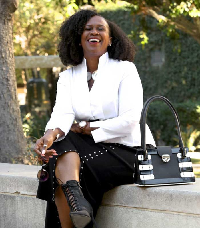 Vibrant and unexpected – A style interview with Julie