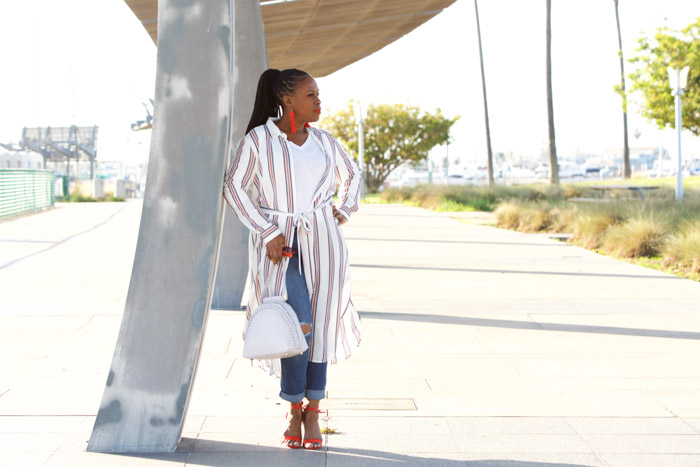 Sophisticated yet casual looks - A style interview with Julie Dionne Harbour | 40plusstyle.com