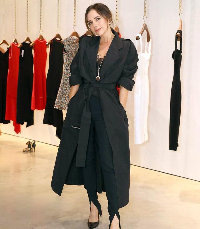 How to dress like Victoria Beckham