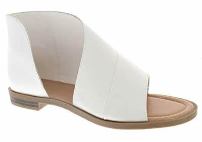 Asymmetrical shoe with leggings | 40plusstyle.com