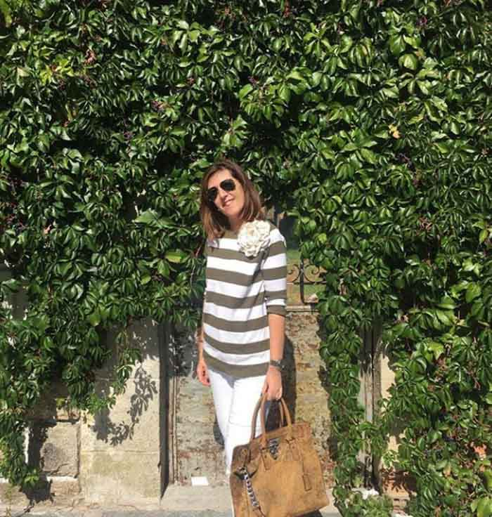 Striped top - #40plusstyle inspiration: The best casual looks for Fall | 40plusstyle.com