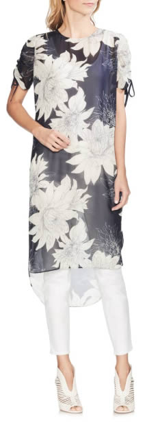 long flower tunic to wear with leggings | 40plusstyle.com