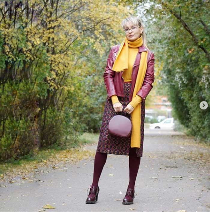 Get inspired with an all burgundy outfit | 40plusstyle.com