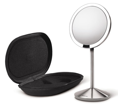 simple human mirror - beauty mirror | 40plusstyle.com