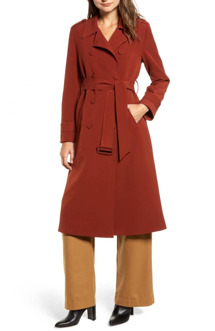 Classic red coat for a timeless hero piece | 40plusstyle.com