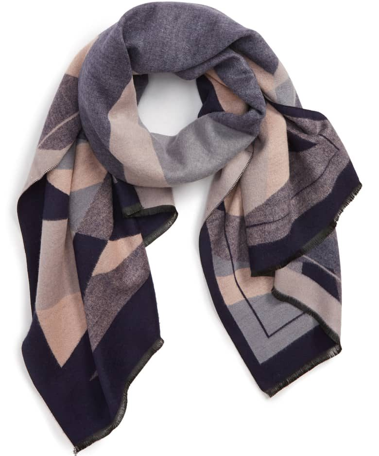 Abstract print scarf | 40plusstyle.com