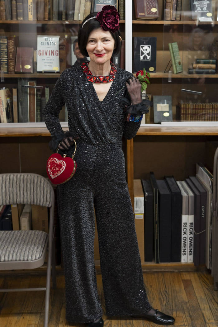 Vintage style for women over 40 | 40plusstyle.com