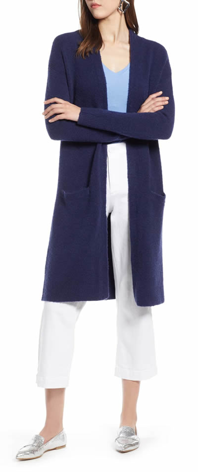 A long cardigan is perfect to hide your belly | 40plusstyle.com