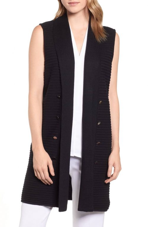 Black sleeveless vests for women over 40 | 40plusstyle.com