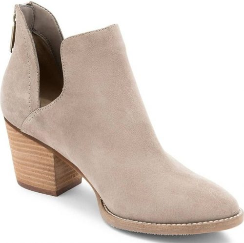 shoes to have in your closet for women over 40 | 40plusstyle.com