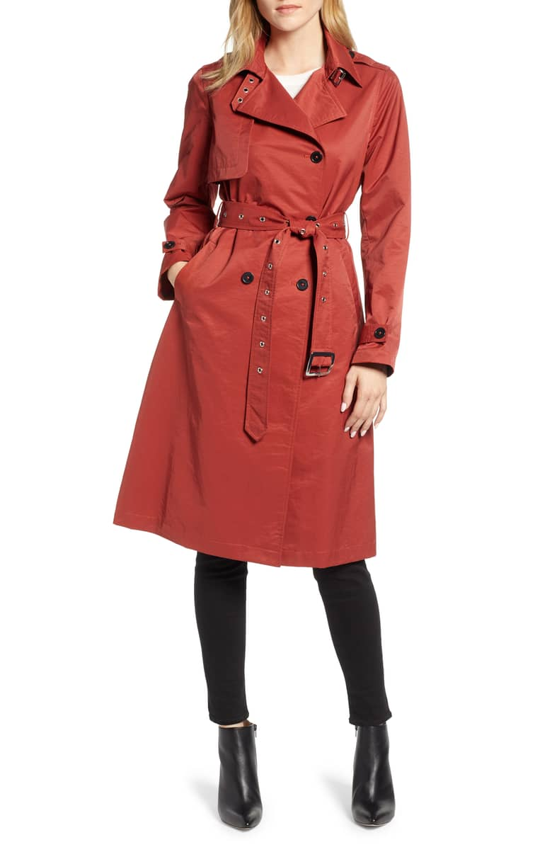 trench coats for women over 40 | 40plusstyle.com