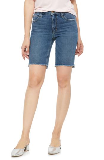 high-waisted denim shorts | fashion over 40 | style | fashion | 40plusstyle.com