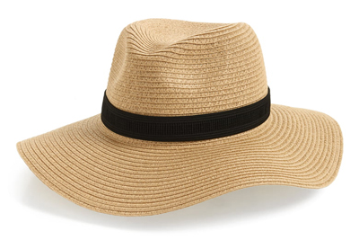Hats to wear on vacations | 40plusstyle.com