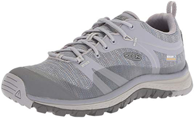 Keen hiking shoes | 40plusstyle.com