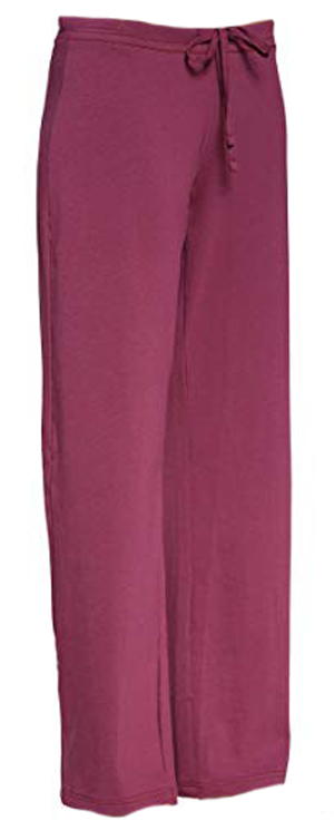 lounge pants for women over 40 | 40plusstyle.com