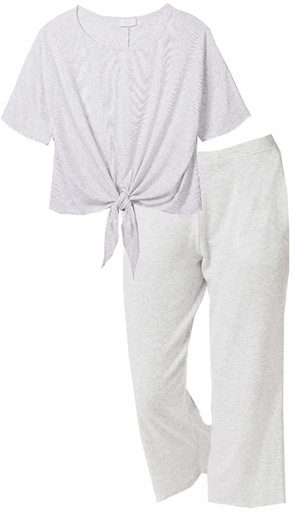loungewear set for women over 40 | 40plusstyle.com