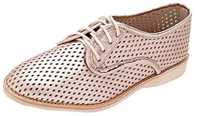Rollie walking shoe | 40plusstyle.com