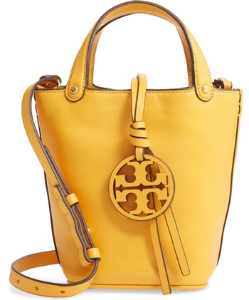 yellow bag | 40plusstyle.com