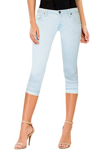 denim capris for women over 40 | 40plusstyle.com