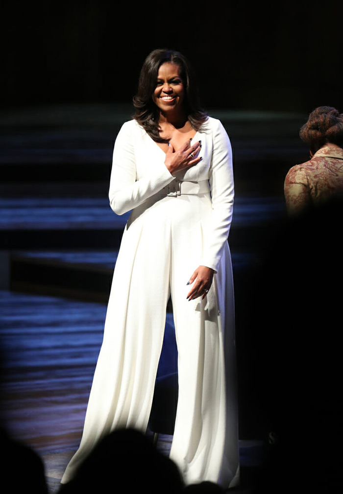 Michelle Obama wearing a white pantsuit | 40plusstyle.com