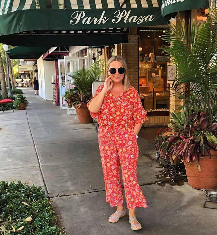 floral jumpsuit |40plusstyle.com