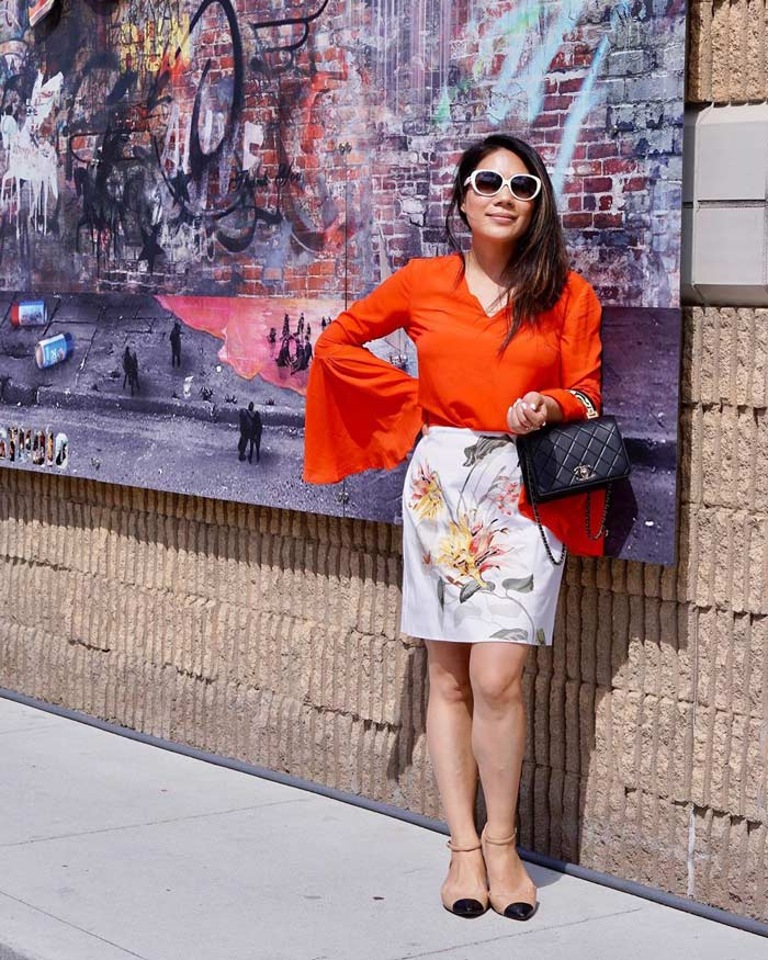 how to wear a skirt in a casual way - floral pencil skirt | 40plusstyle.com