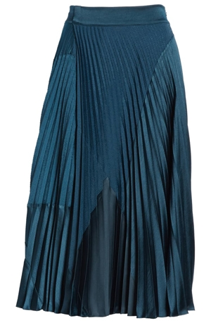 pleated skirt | 40plusstyle.com