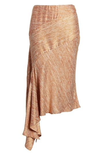 best skirt shape for the rectangle body shape | 40plusstyle.com