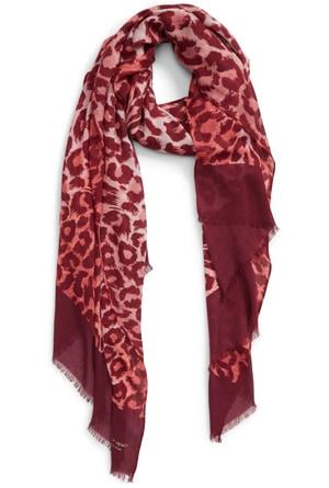 printed scarf | 40plusstyle.com