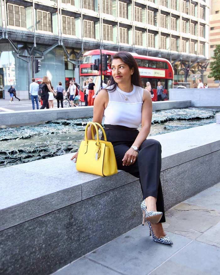 Essential fashion accessory: handbag | 40plusstyle.com