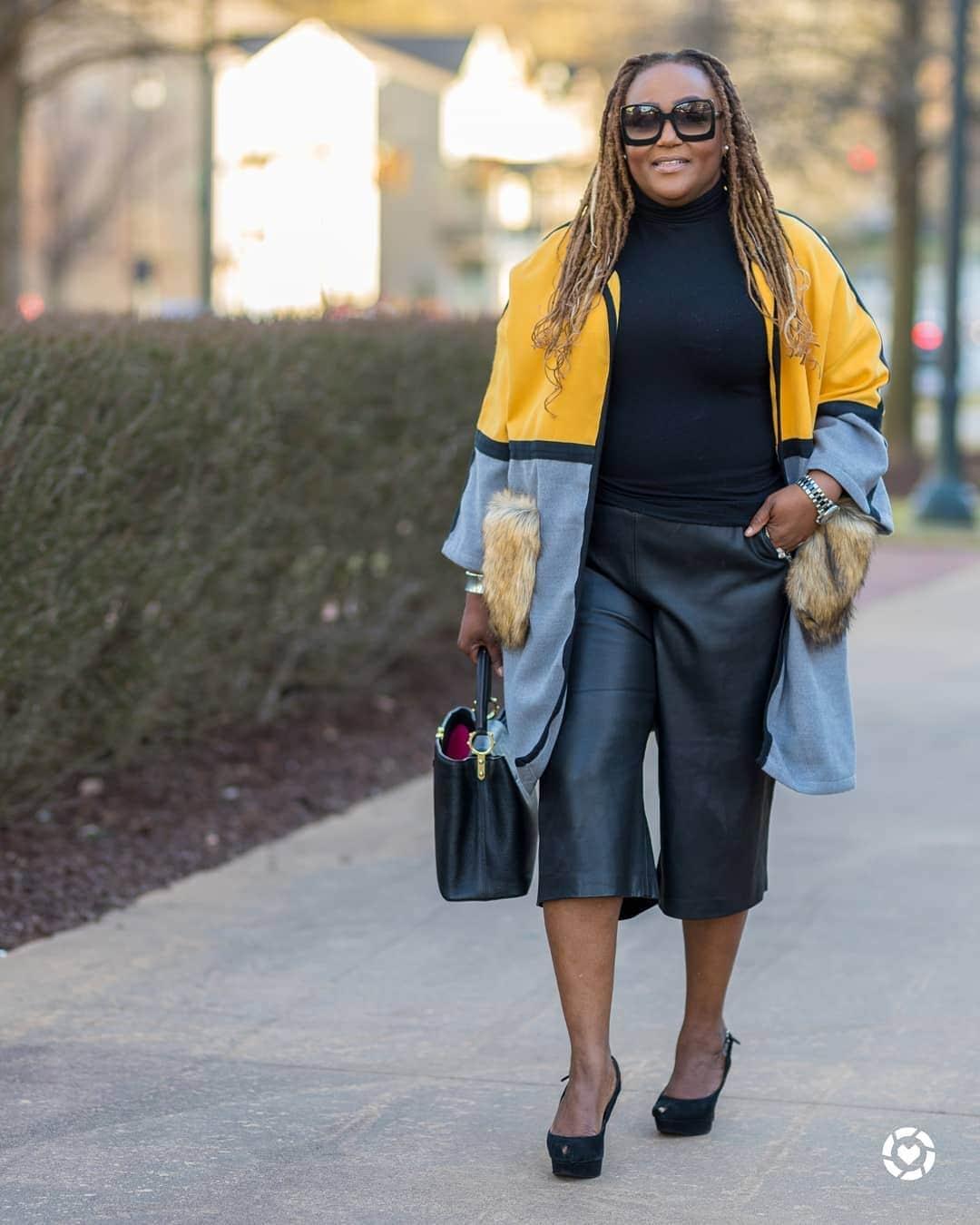 Essential fashion accessory: sunglasses | 40plusstyle.com
