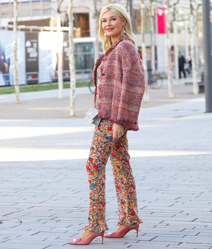 Petra wearing a printed/patterned outfit   40plusstyle.com