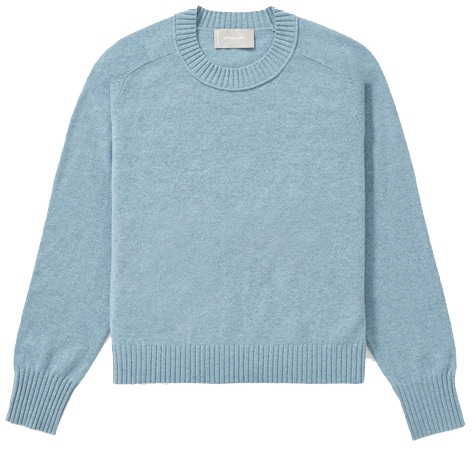 how to choose a stylish sweater | 40plusstyle.com