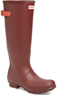Hunter tall waterproof rain boot | 40plusstyle.com