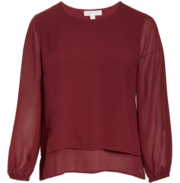 a layered top is one of the best tops to hide your tummy | 40plusstyle.com